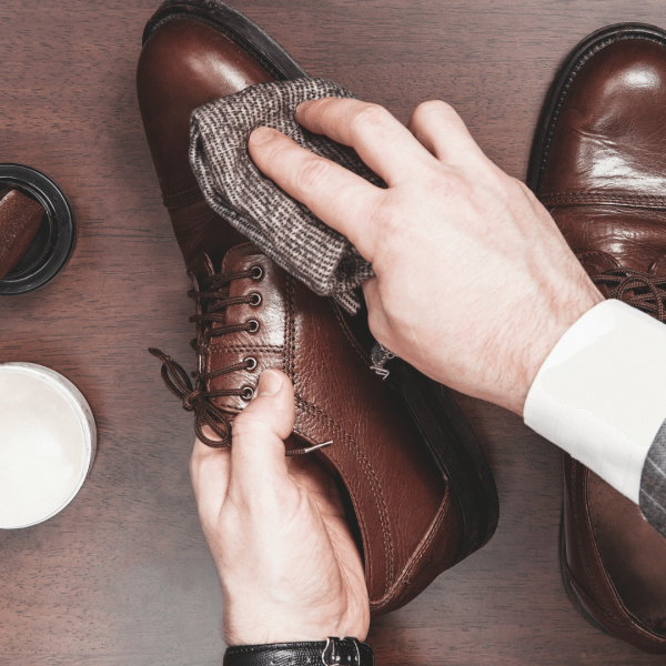 HOW-TO-POLISH-YOUR-SHOES-PROPERLY